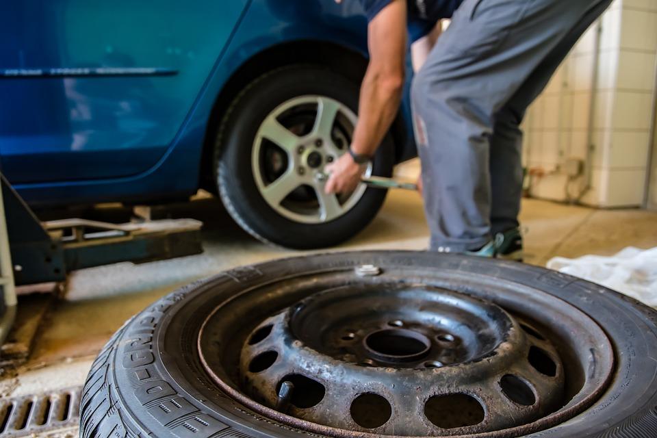 Gonfiare pneumatici con azoto: meglio farlo o non farlo?